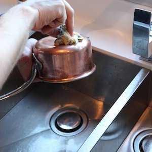 how to clean copper kitchen