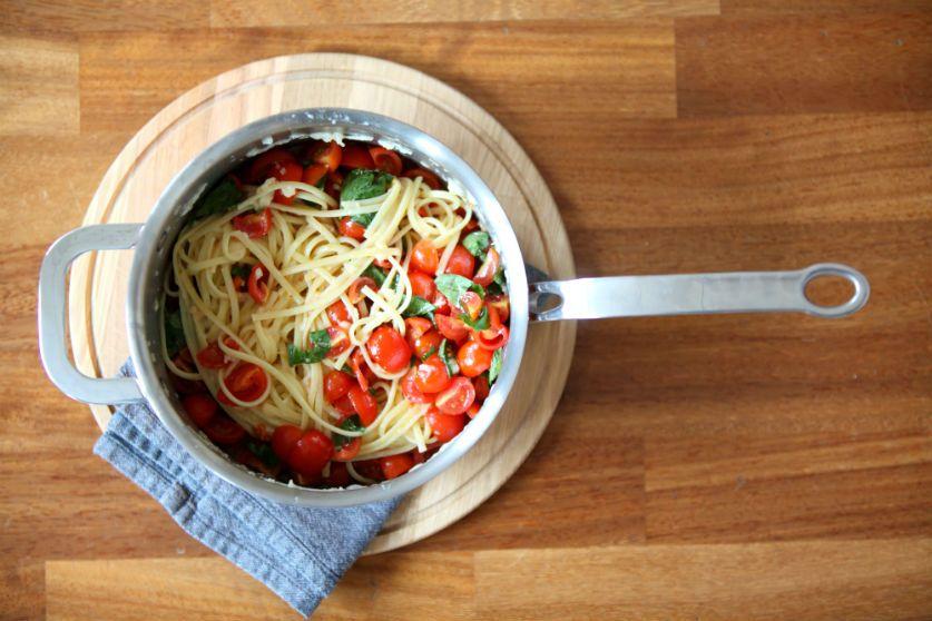 Fresh Tomato Pasta dish - by ProWare Kitchen